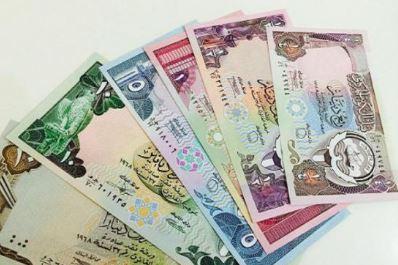متى اصبح الدينار الكويتي العملة الرسمية بدلا من الروبية الهندية وكالتنا